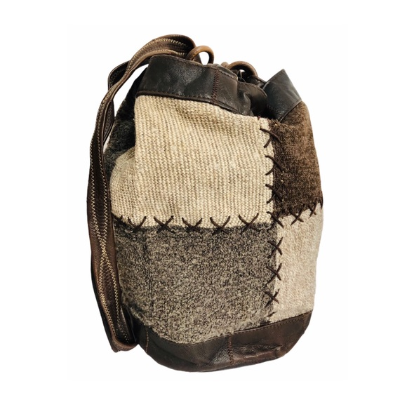 Vtg Holts Patchwork Knit Wool & Leather Bucket Bag